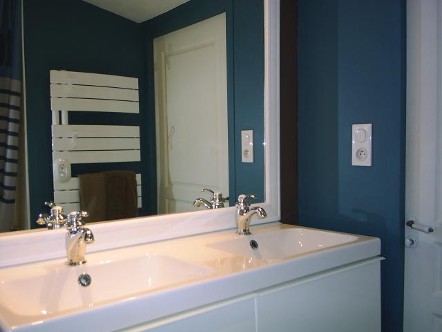 R novation d une salle de bains et de toilettes caroline for Restaurer une salle de bain