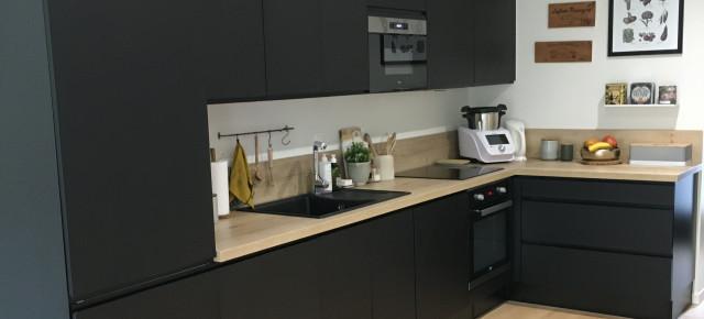 Aménagement d'une cuisine et d'une salle de bains